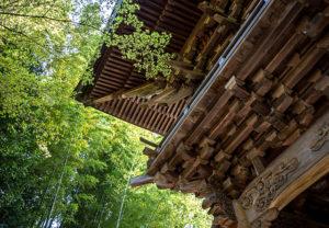 健軍神社門の装飾01