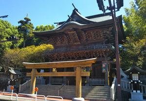 健軍神社の鳥居が低い理由