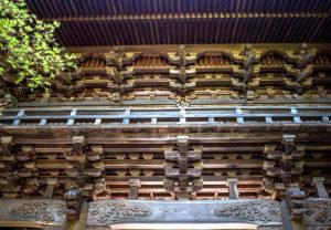 健軍神社門の装飾02